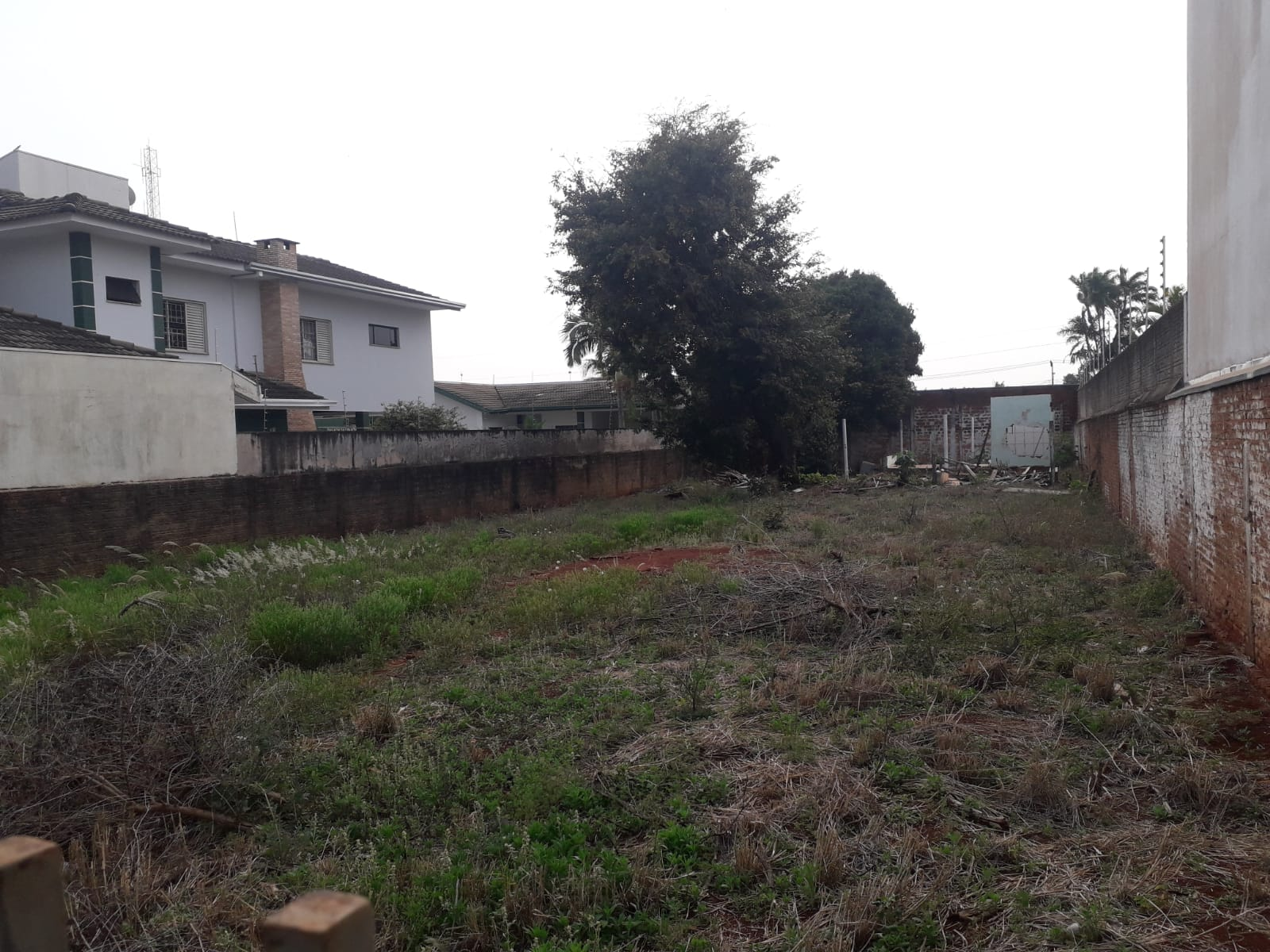 terreno na Rua Paul P. Harris, nº 366, jardim São Sebastião.